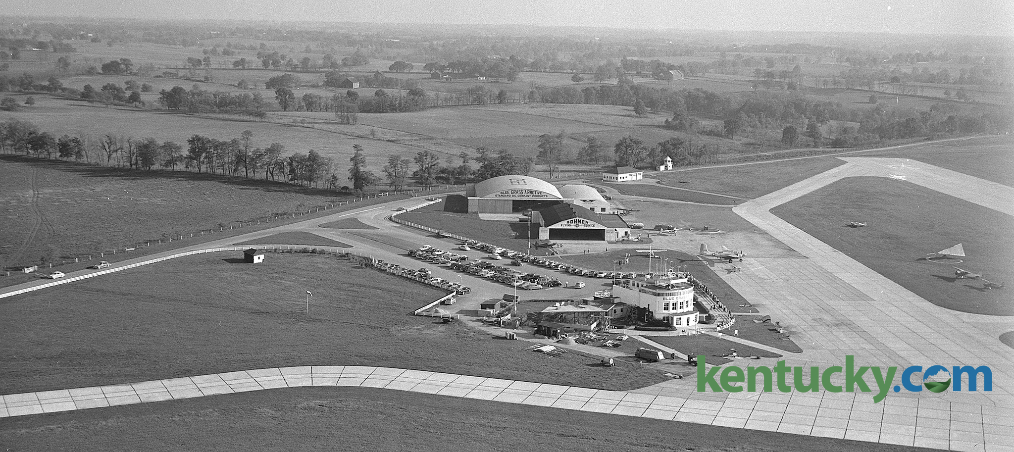 Blue Grass Airport, 1951 TAGS: