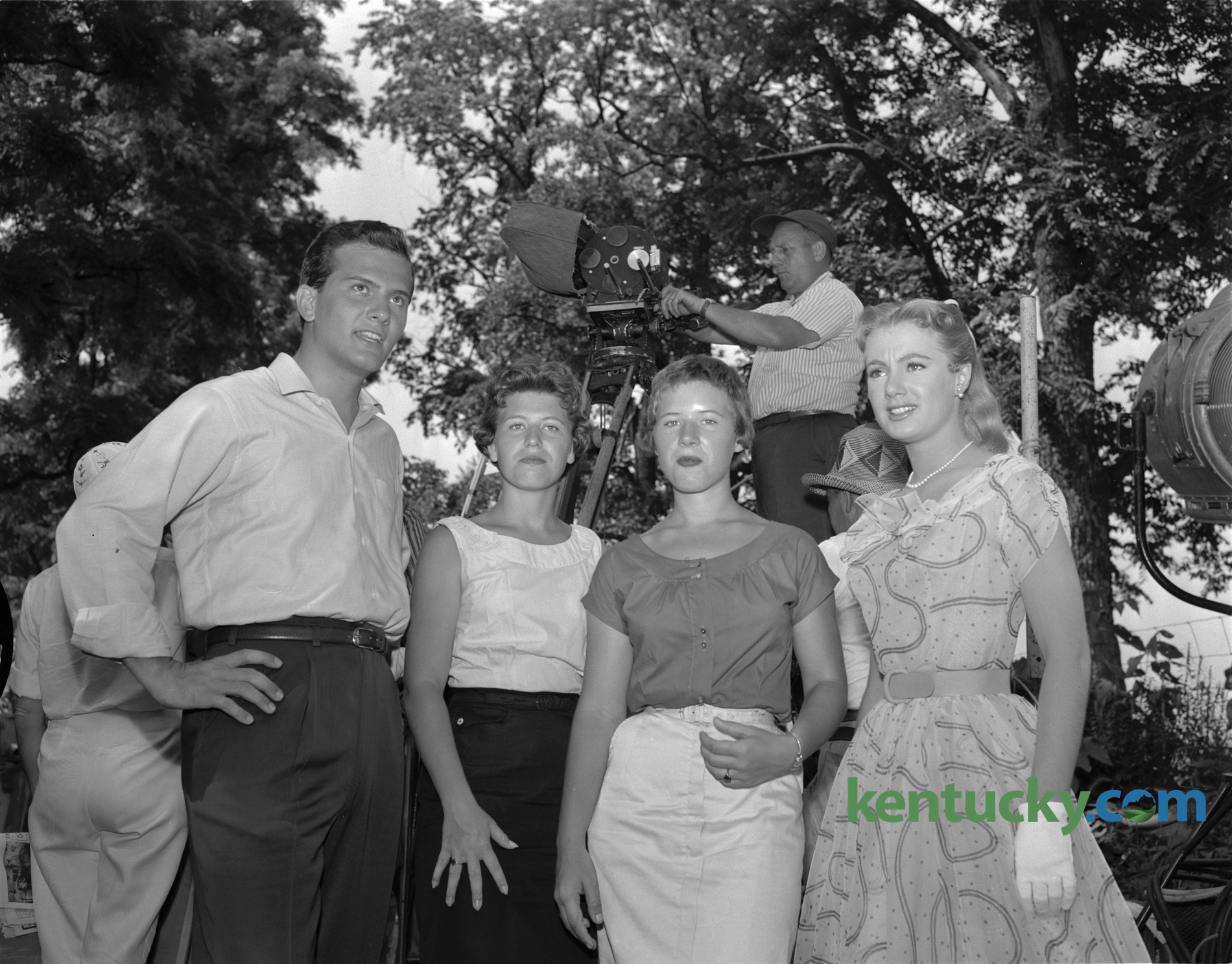 pat boone and shirley jones during filming of �april love