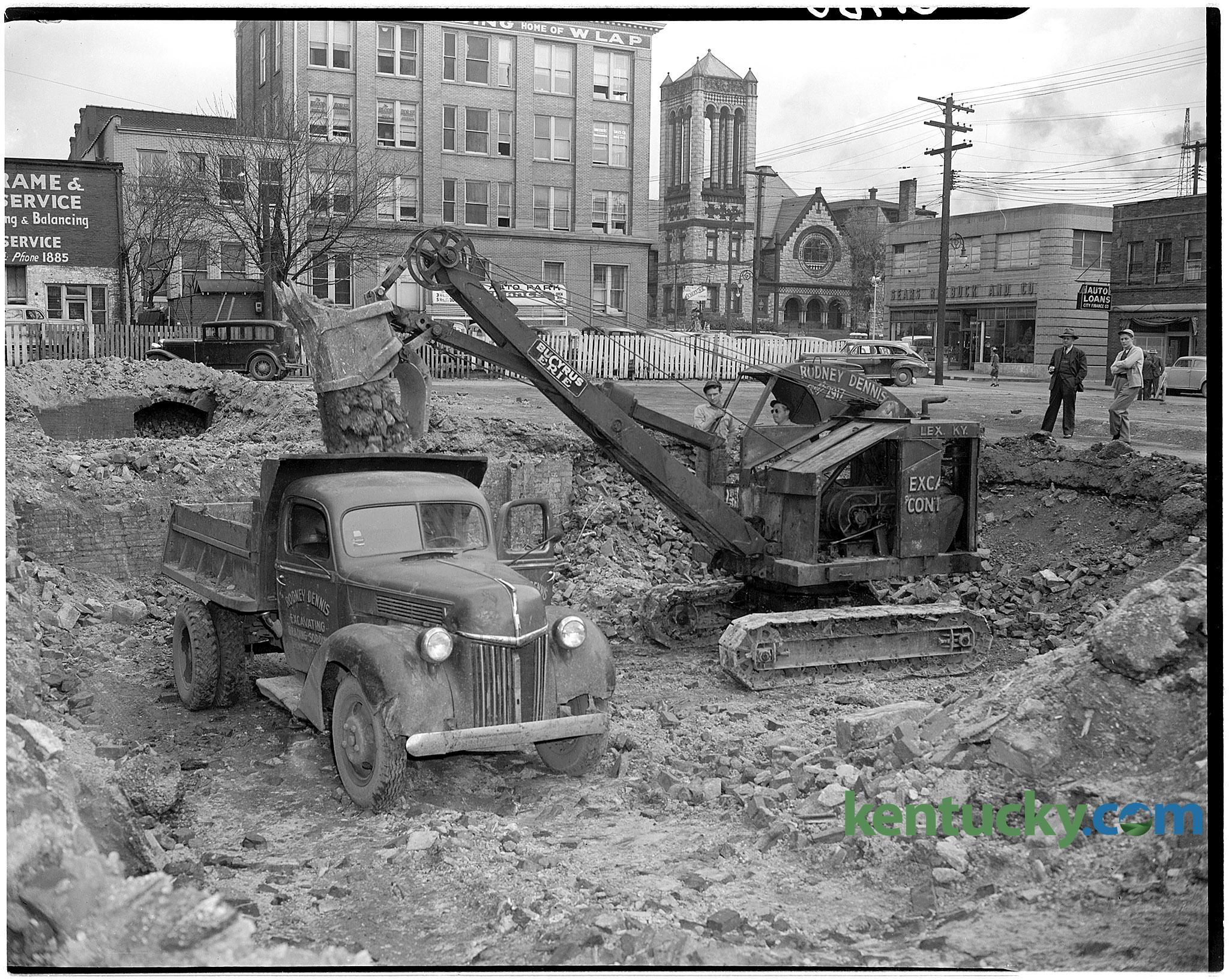 Excavation site in downtown Lexington, 1946 | Kentucky Photo Archive