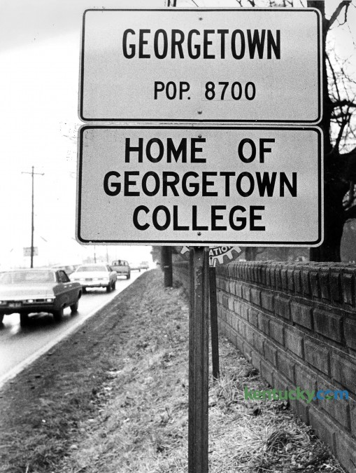 Sign on a road heading into Georgetown April 21, 1976. According to the 2013 United States Census, Georgetown's population is 30,872, making it the ninth-largest city in Kentucky. Photo by David Perry | Herald-Leader staff