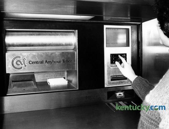 Central Bank ATM machine, Jan. 22, 1985 in Lexington. Photo by John C. Wyatt