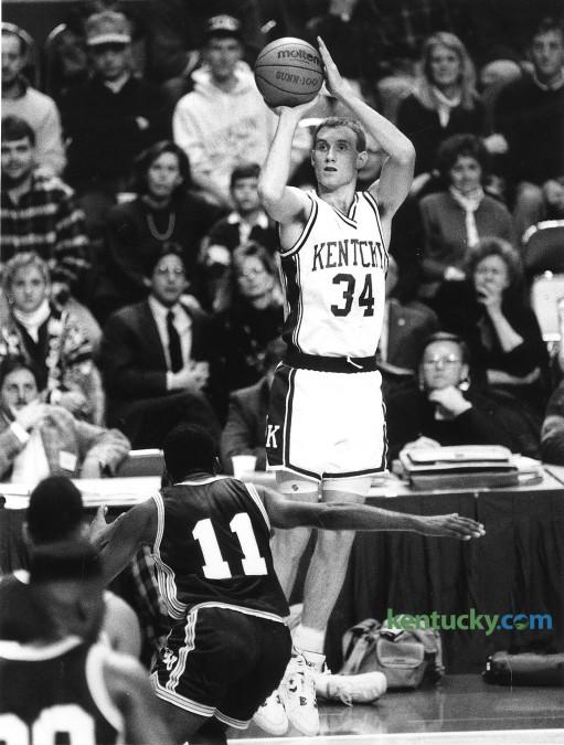University of Kentucky basketball forward John Pelphrey launches a jump shot agsinst Eastern Kentucky, Dec. 27, 1990 at Rupp Arena. Pelphrey had 12 points in the 74-60 UK win. Photo by Tim Sharp | Staff
