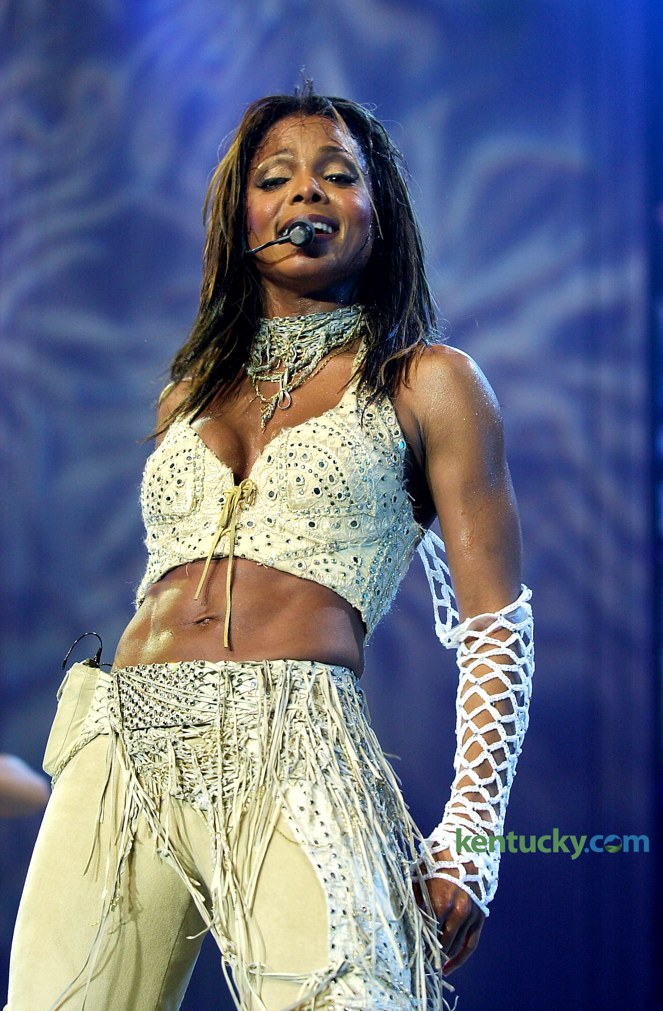 kentucky photo archive photos from the lexington herald leader singer janet jackson during a 22 2001 concenrt at rupp arena in lexington