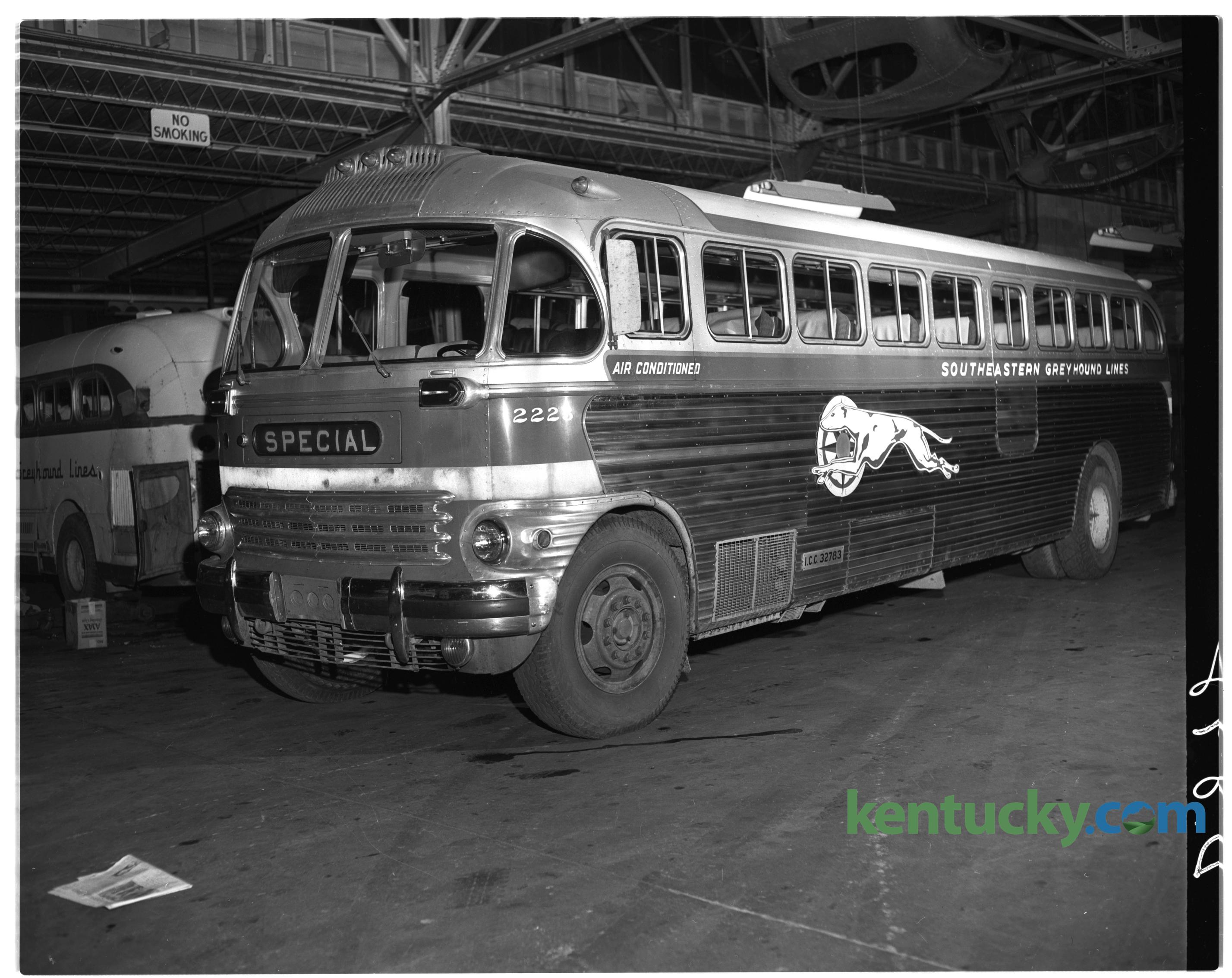 Greyhound Bus 1949 Kentucky Photo Archive