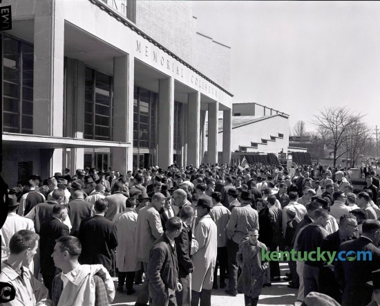 Hundreds of basketball fans jammed the front of Memorial  Coliseum on Thursday March 16, 1961 waiting for the doors to open for the third session of the State High School basketball tournament. Ashland High School defeated Lexington Dunbar 69-50 to win the 1961 state title.  The 2016 Whitaker Bank/KHSAA Boys' Sweet 16 state tournament opens today at noon with Buckhorn taking on Murray in Rupp Arena. Herald-Leader Archive Photo