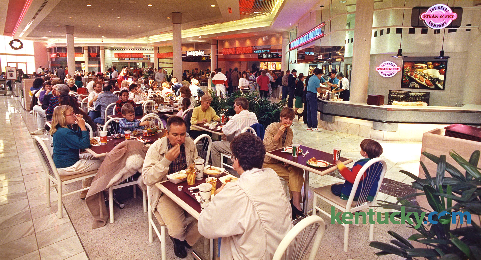 The Pavilion Food Court In Fayette Mall Was Packed With Hungry Pers On Nov 18 1990 A Soothing Mix Of Marble Sunlight And Neon S New